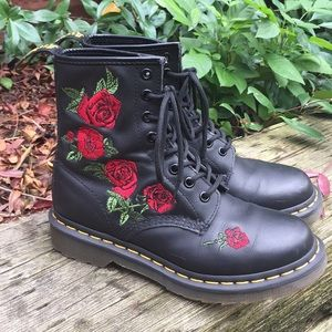 Dr Martens 1460 Vonda Rose 8 eye Combat Boots 6L